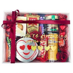 VALENTINE'S DAY HAMPER HALAL VEGETARIAN VALENTINES DAY HAMPER SWEETS AND CHOCOLATES